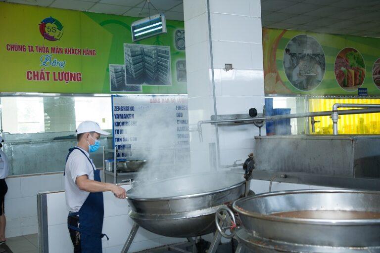 Cơ sở sản xuất suất ăn công nghiệp uy tín