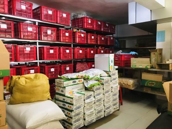 Kho nguyên liệu tại SunFood Catering Bình Dương