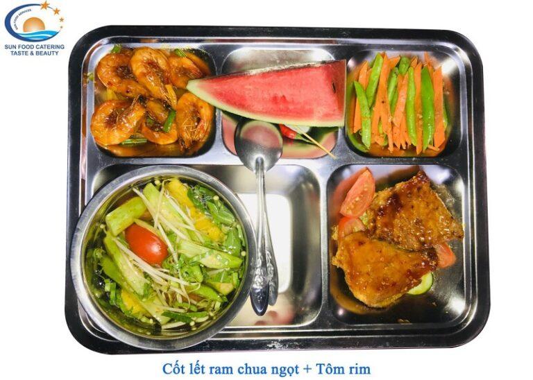Thực đơn đa dạng đầy đủ các chất dinh dưỡng trong mỗi bữa ăn