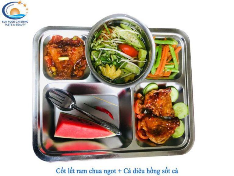 Hình ảnh suất cơm tại Catering